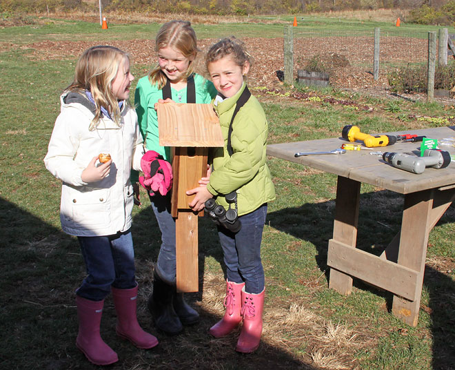 girls-w-birdhouse-BINNS-IMG_3415-copy